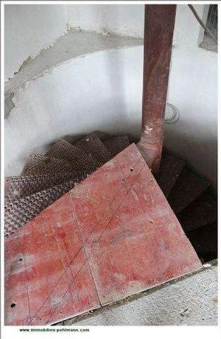 Wendeltreppe zum Untergeschoss