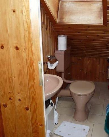 Separates WC im Dachgeschoss