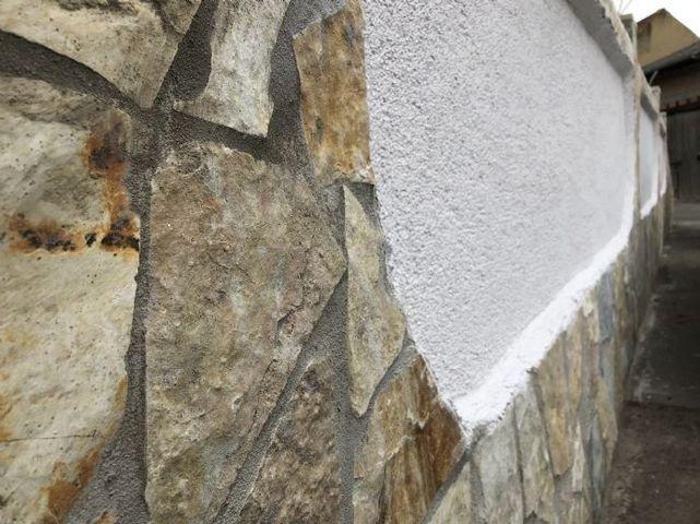 Schmiedgasse 9a - Neues Mauerwerk der Terrasse