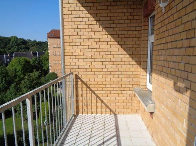 12 Balkon