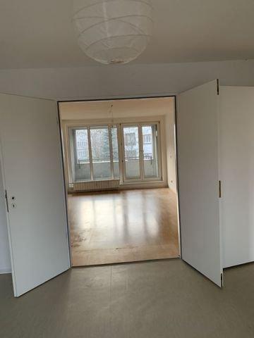Wohnzimmer Durchgang vom Schlafzimmer