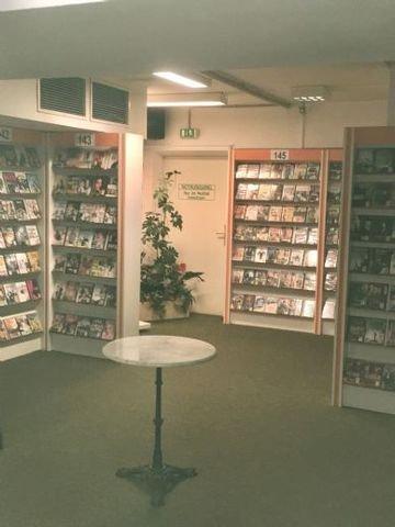50 m² Ladenfläche im UG.