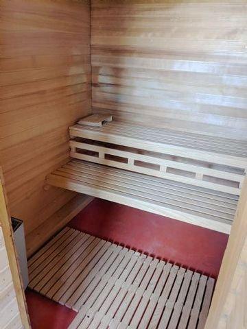011 Sauna