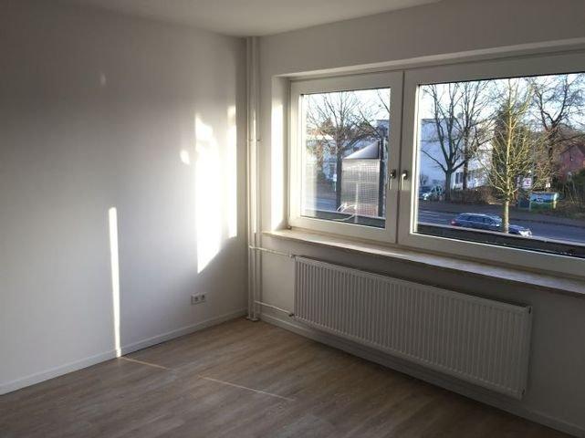 Wohnzimmer Fensterseite