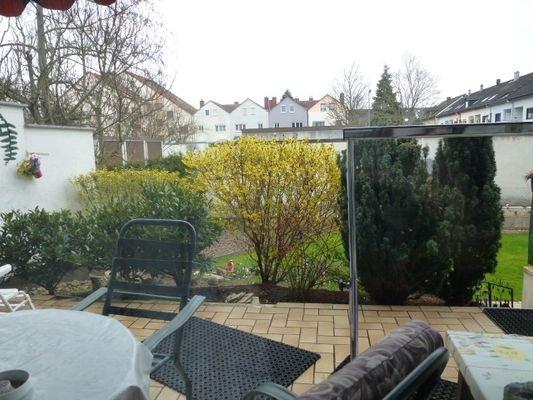 EG Terrassenbereich mit Garten