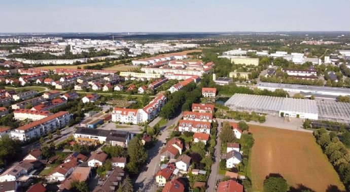 Hotel am Hachinger Bach Luftansicht - Richtung Ost