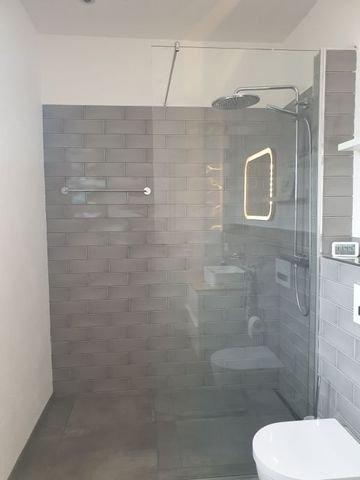 Bodengleiche Dusche im Gäste-WC