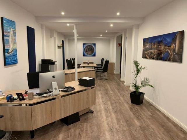 Büro Raum 1 groß