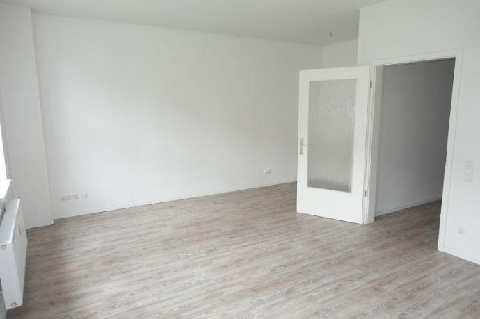 Wohnzimmer (Ansicht 2)