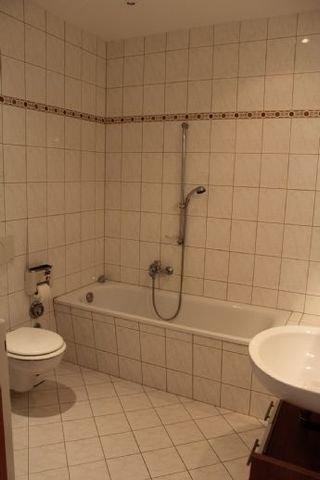 Bild -7- Badezimmer
