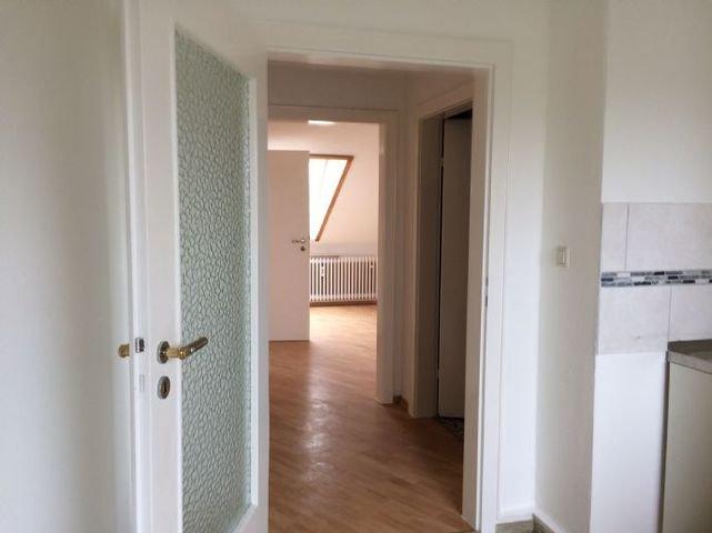Bild 4 Blick von der Küche ins Schlafzimmer