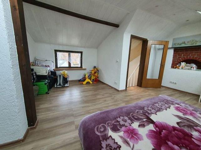 Schlafzimmer 2, ca. m² groß. (Dachgeschoss)