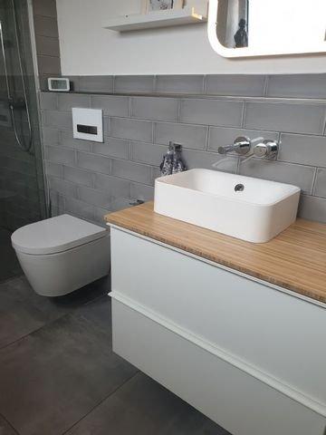 Geschmackvolle Sanitäranlagen und Badmöbel