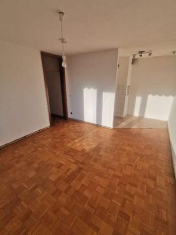 Wohnzimmer & Kochecke