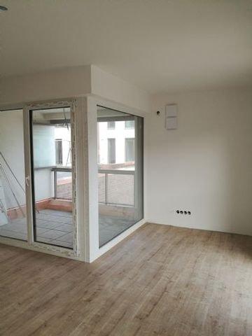 Wohnung 4, Loggia