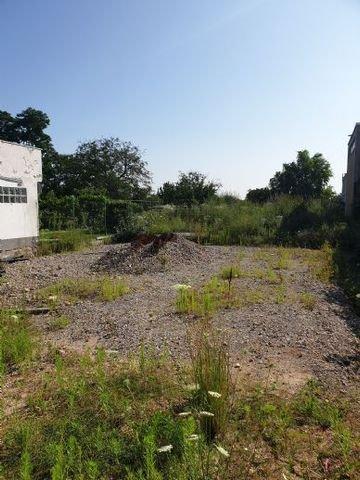 Grundstück am Feldrand