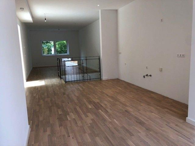 Küche und Wohn- & Essbereich 01