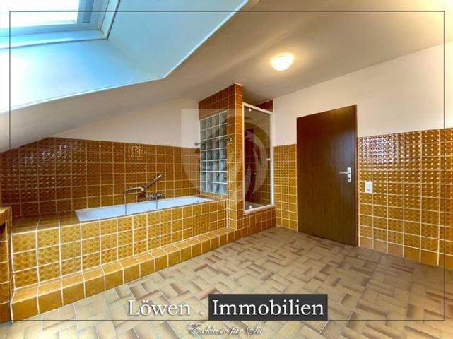Badezimmer  Wanne & Dusche