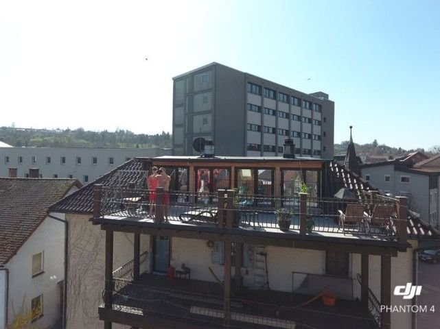 Ansicht Balkone und Dachterrasse