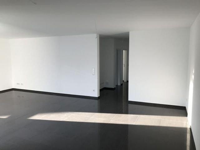 Wohnzimmer F10