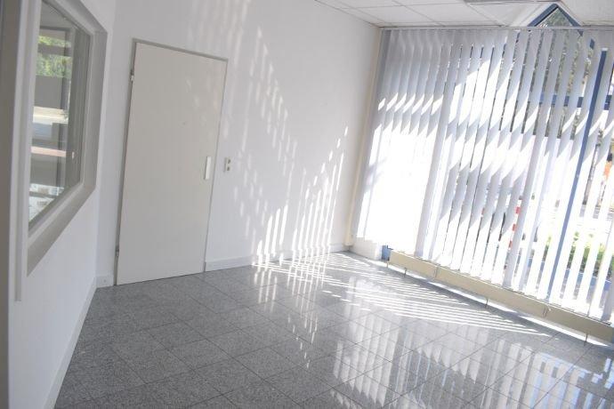 Büro im Raum 1