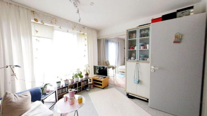 Langbehnstr-19-Wohnzimmer