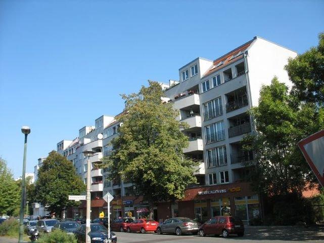 Neumannstraße 3a, b, c