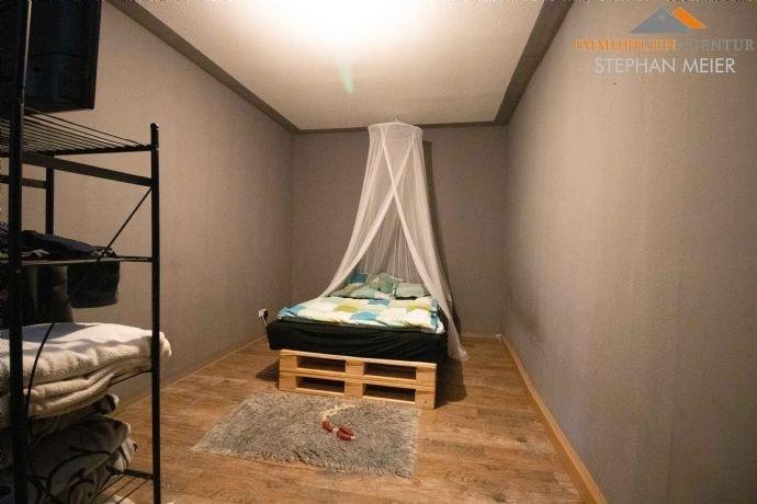 EG Wohnung rechts – Schlafzimmer