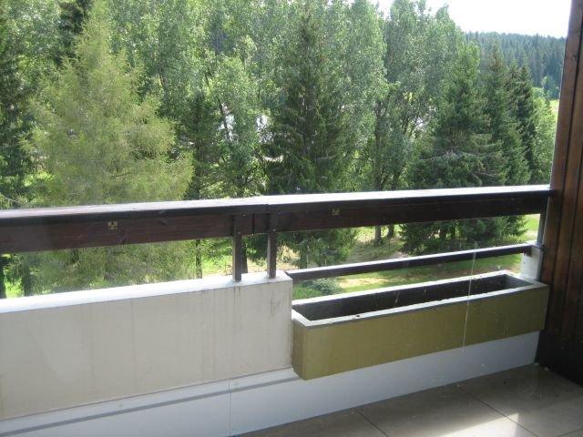 Loggia mit Blick in den Landschaftspark