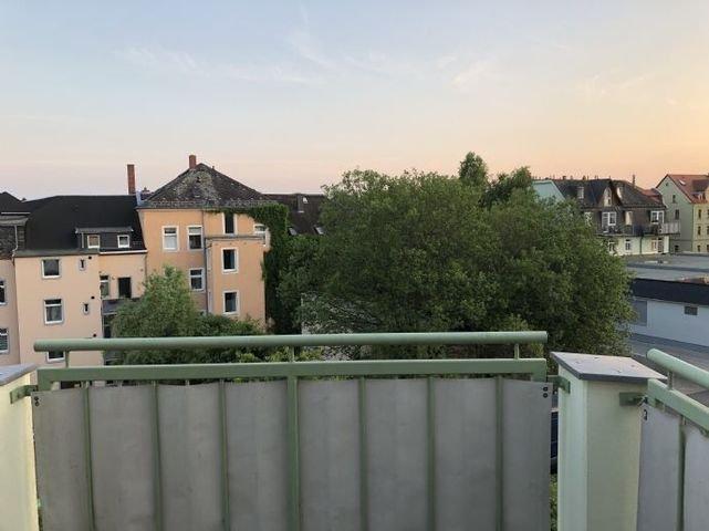 Bild 7 Balkon