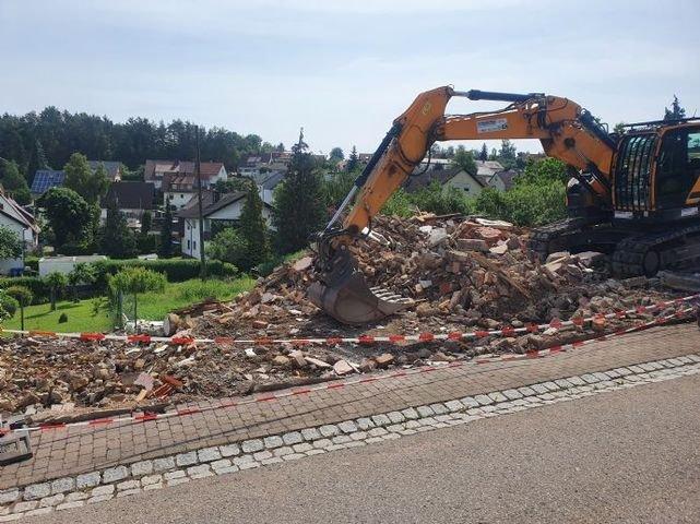 Abbrucharbeiten des Bestandsgebäudes sind erledigt