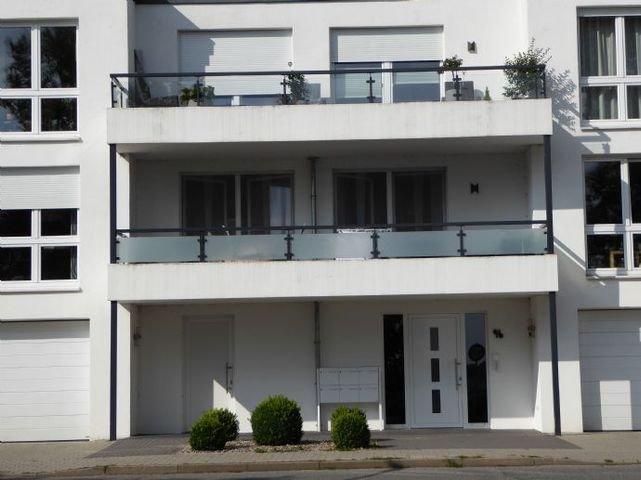 Aussenansicht Wohnung  mit Balkon- 2. Etage
