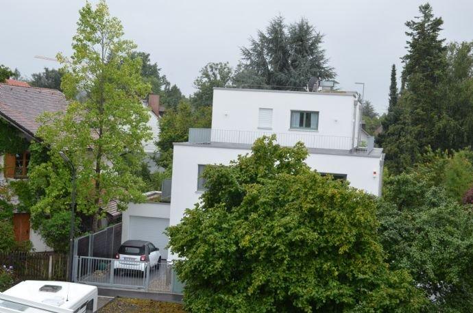 Blick auf Nachbargrundstücke