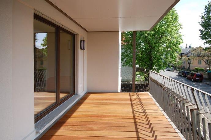 Referenz Balkon