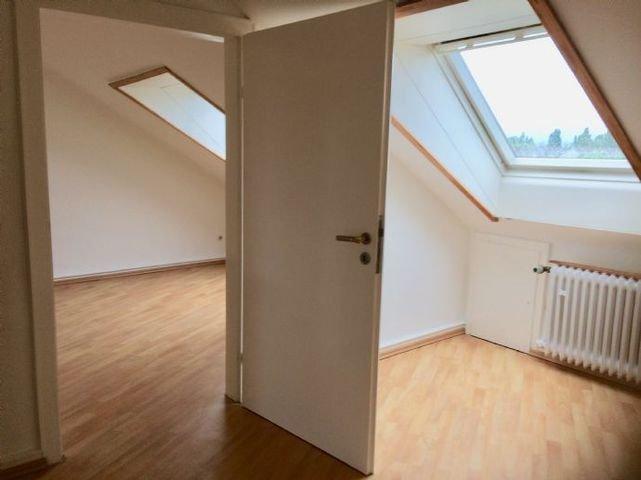 Bild 5 Zwischentür vom Schlaf- ins Wohnzimmer