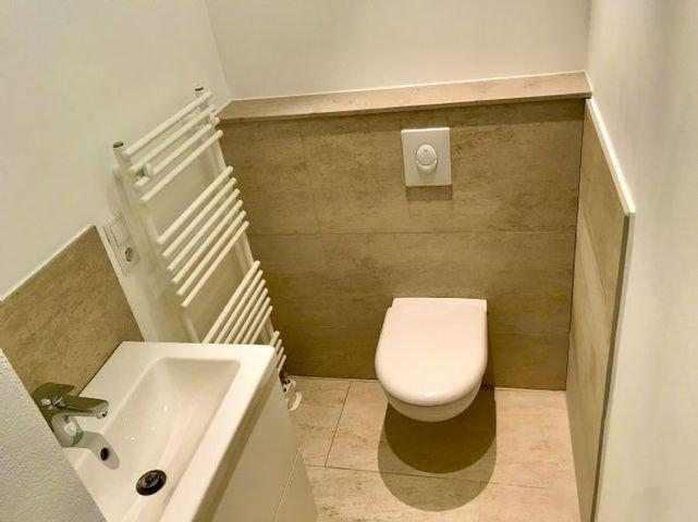 Gäste WC mit Jura - Marmor