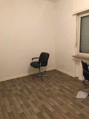 Hinterraum / Büro / Küche