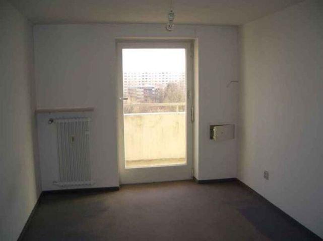 Schlafzimmer m. Balkon
