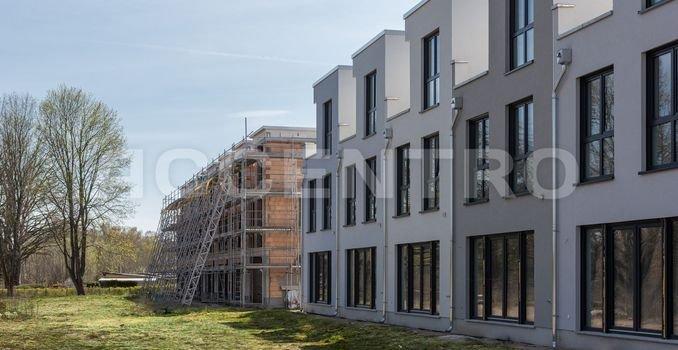 Terrasse mit Wiesengrundstück zur Havel