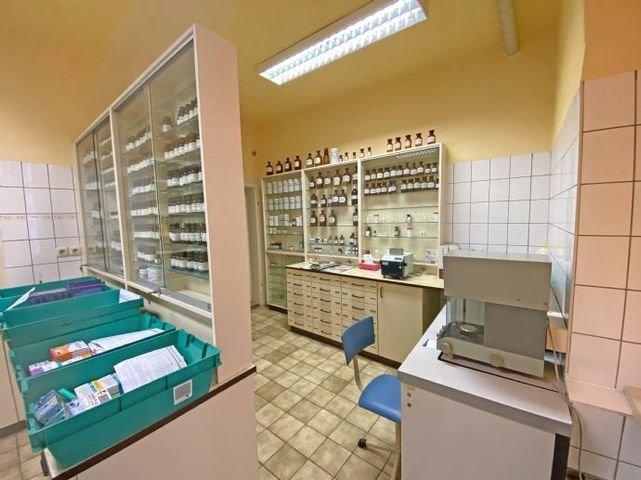 Labor vorn