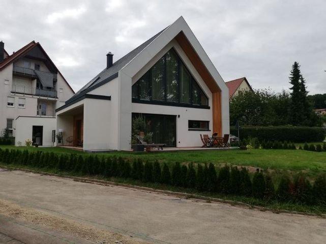 Ost-Südansicht eines erstellten Hauses