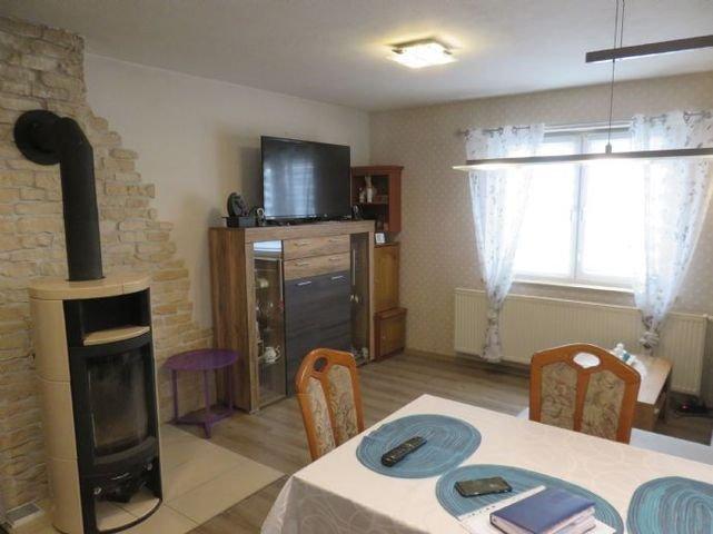 Wohn-Esszimmer mit Kaminofen