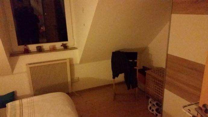 Schlafzimmer rechte Seite