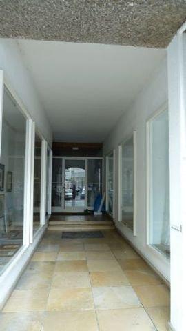 Passage/ Eingang