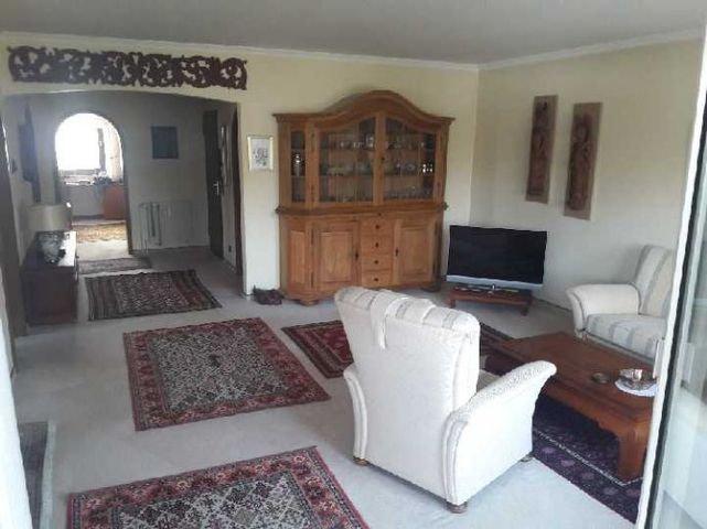 Wohnzimmerr mit Blick ins Gästezimmer
