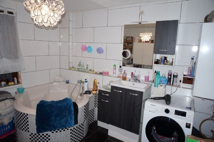 Tageslicht Badezimmer- groß und geräumig