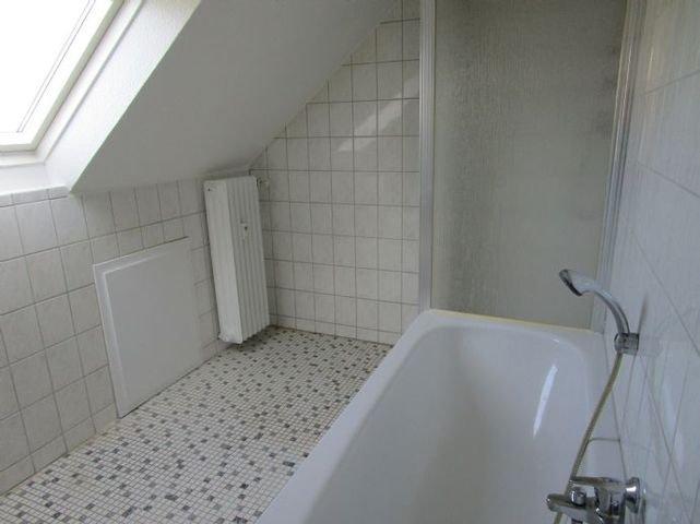 ........Wanne und Dusche