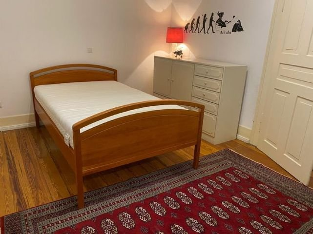 2021-05-12 Schlafzimmer 1