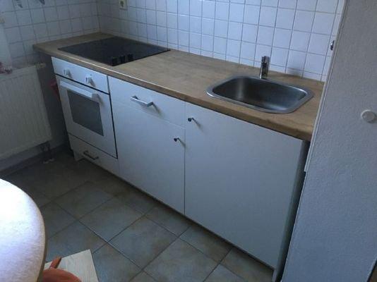 Bild 2 Einbauküche