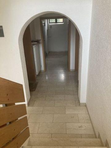 Zugang Appartements und Heizraum